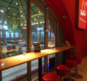 Barcamp_Mitteldeutschland_HalleSaale04_Bahnhofslounge_Flaeche